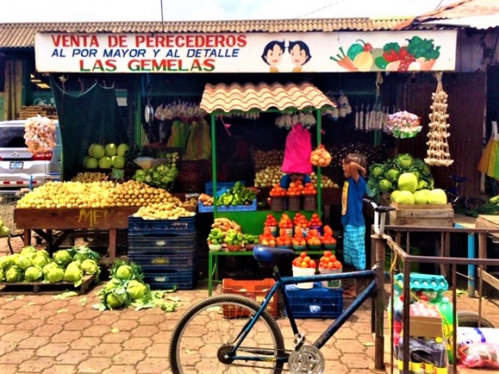 A feast for the eyes, a treat for the taste buds: the local market sells exotic fruits like mangoes, papayas, pineapples, and more